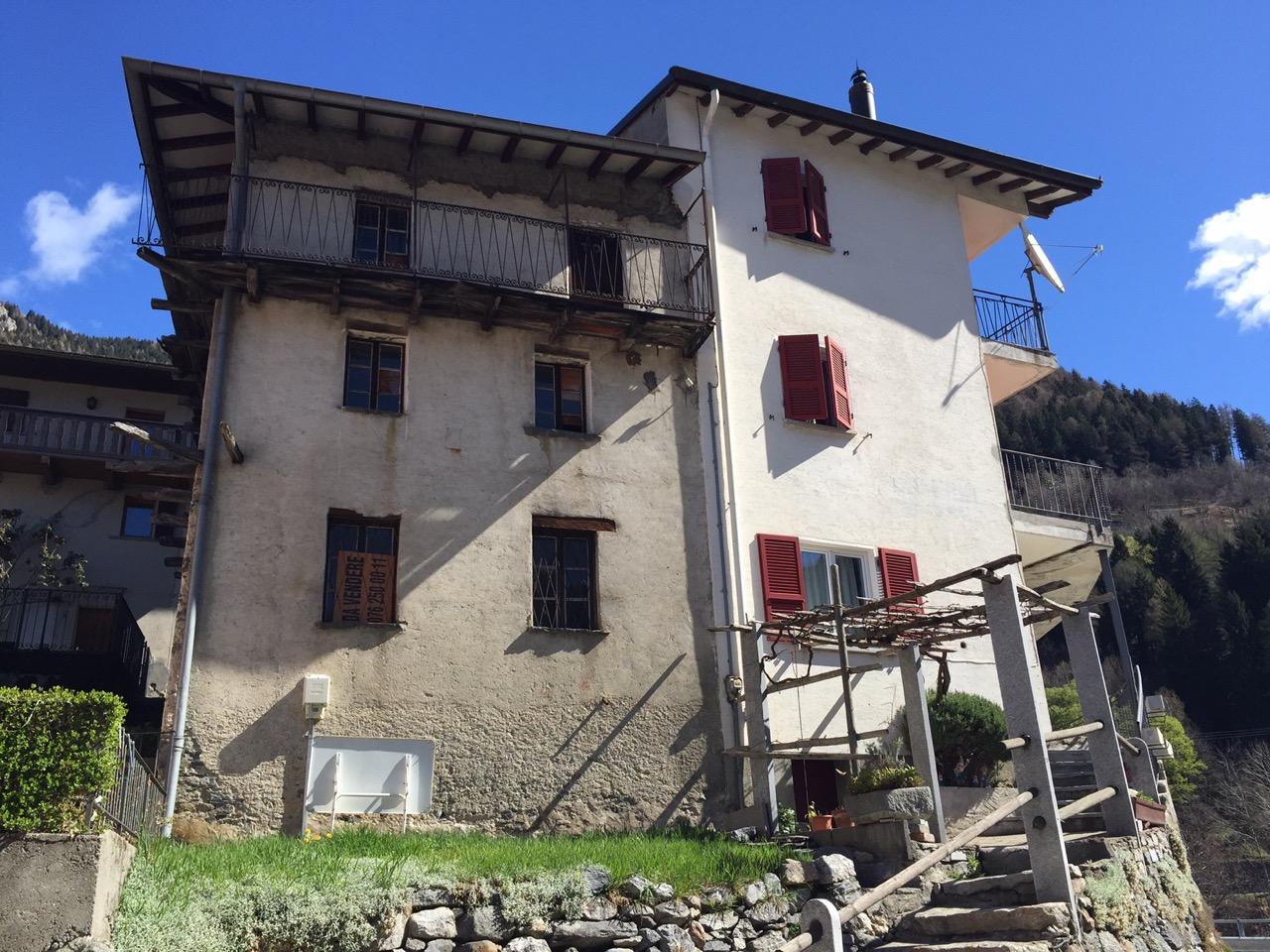 Rustici pace consulenze for Piani di casa rustici con soppalco